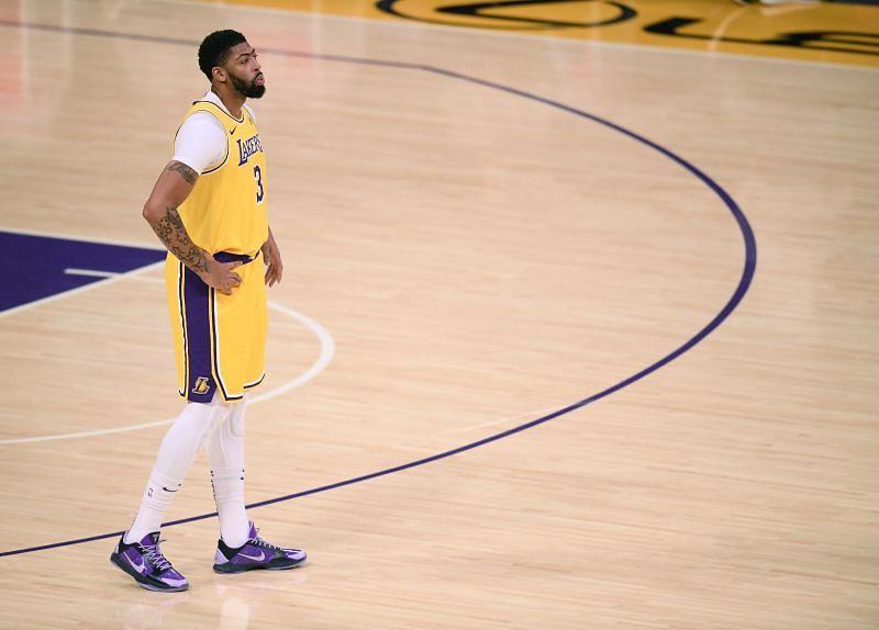 Portland Trail Blazers v Los Angeles Lakers.