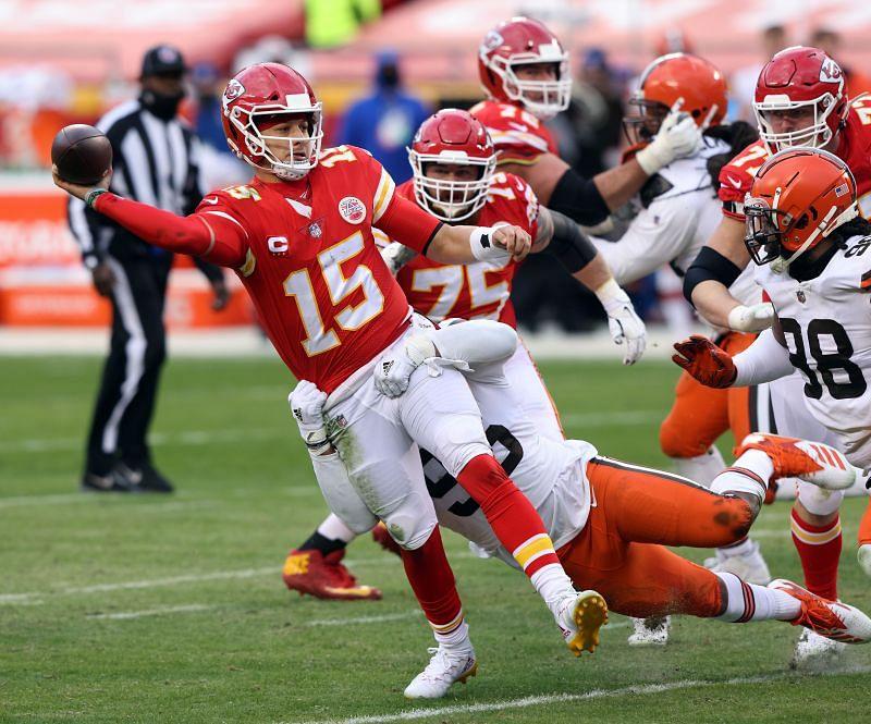 Kansas City Chiefs quarterback Tom Brady is dealing with a turf toe injury