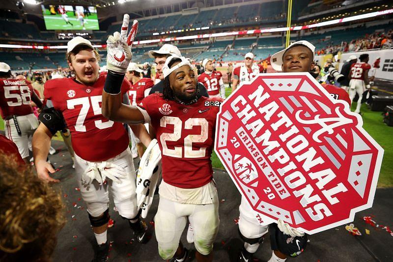 Najee Harris celebrates after Alabama