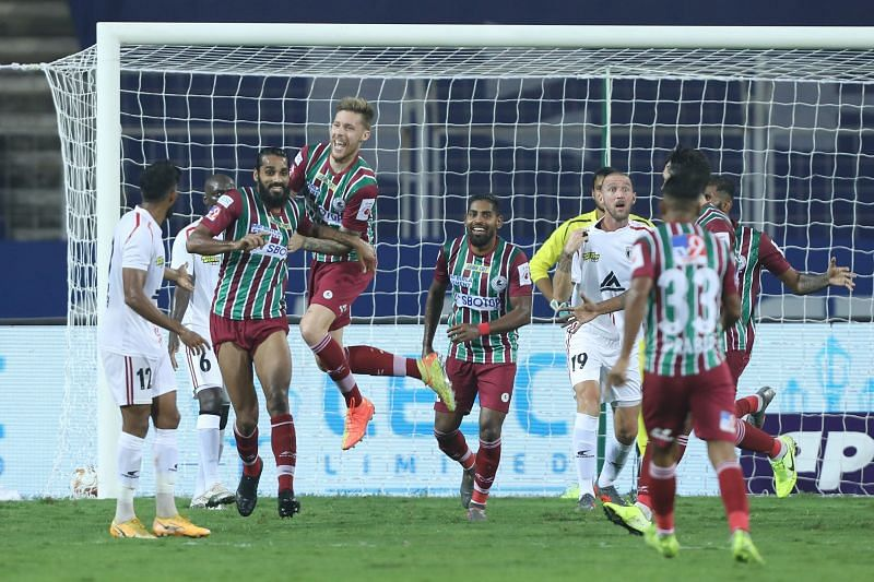 ATK Mohun Bagan players celebrate after scoring against NorthEast United FC (Image Courtesy: ISL Media)