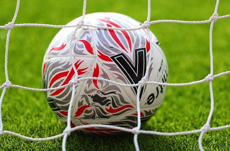 फ़ुटबॉल (Football)