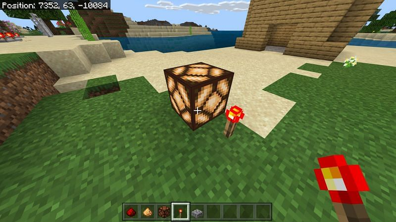 placing a redstone torch next to the glowstone lamp