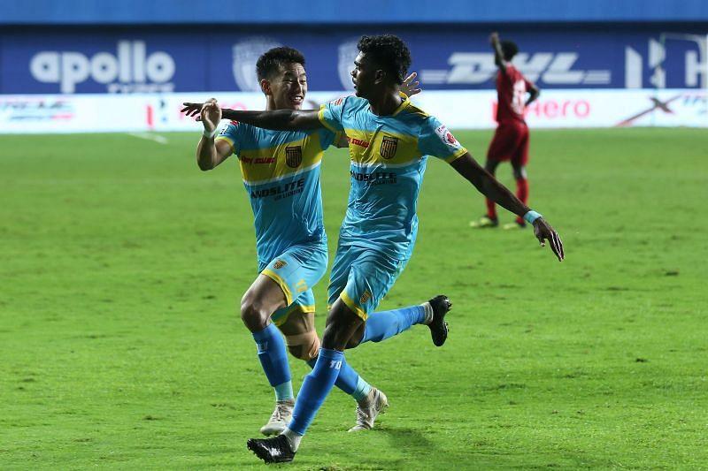 Liston Colaco (R) celebrates with Asish Rai (L) after scoring for Hyderabad FC against NorthEast United FC (Image Courtesy: ISL Media)