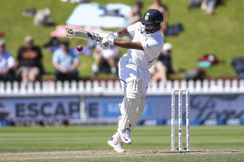 Sunil Gavaskar wants the Indian batsmen to be selective in their strokeplay
