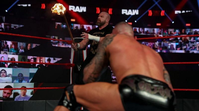Triple H and Randy Orton collided in the main event of RAW