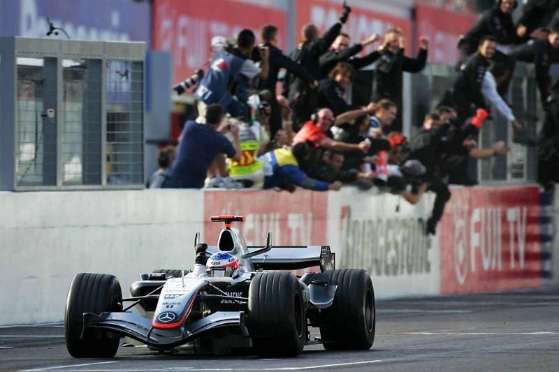Kimi Raikkonen won the race in Suzuka despite starting the race in 17th place.