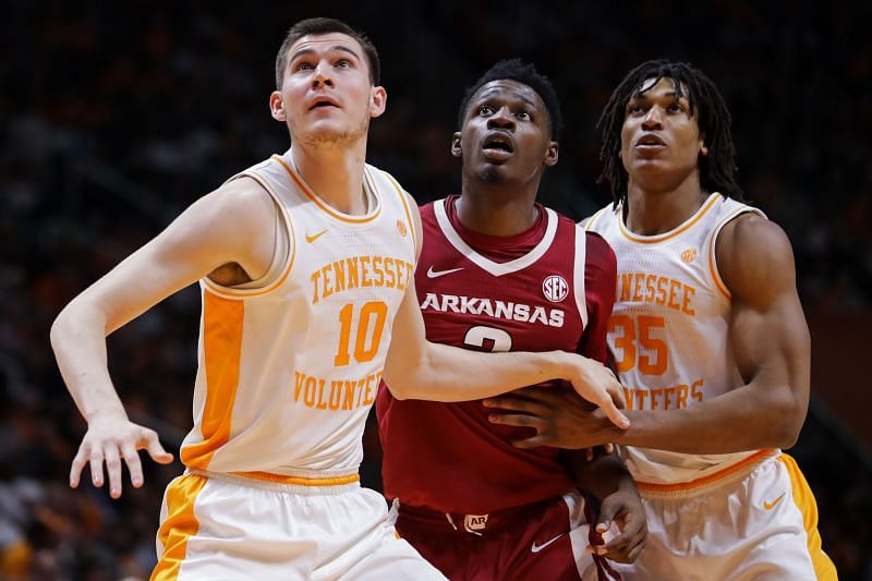 The Tennessee Volunteers and the Arkansas Razorbackswill face off at the Thompson-Boiling Arena on Wednesday