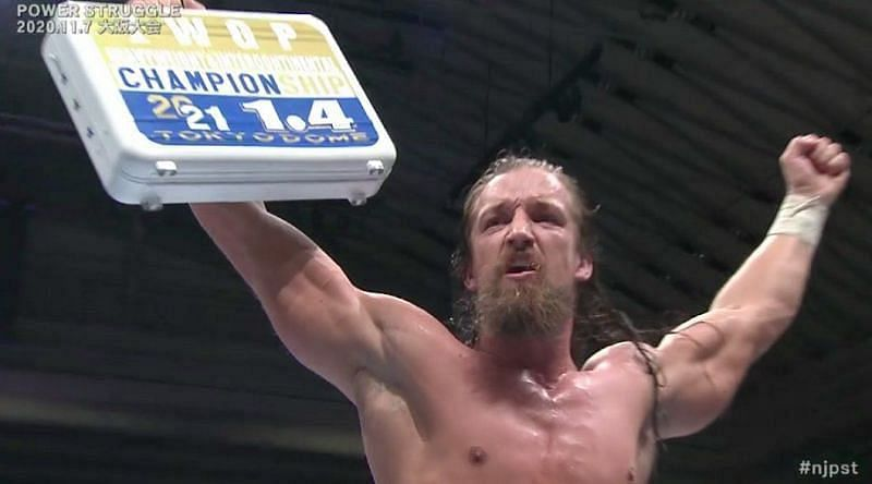 Jay White could start the new year by winning the IWGP IC and Heavyweight titles