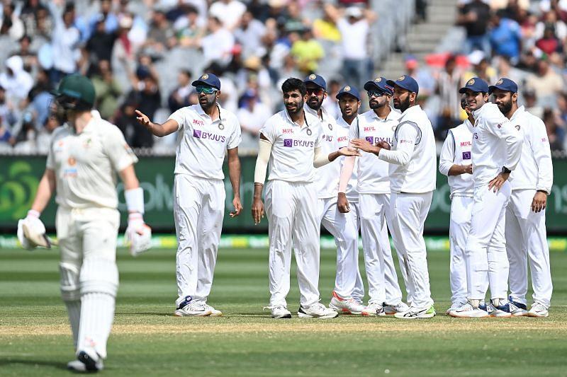India have managed to put the screws on the Australia batsmen