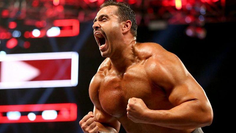पूर्व WWE सुपरस्टार रुसेव वर्तमान समय में AEW का हिस्सा हैं