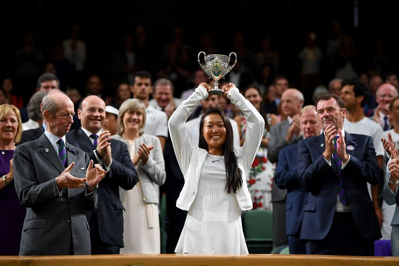 Claire Liu is a former junior Grand Slam champion, having won Wimbledon in 2017.