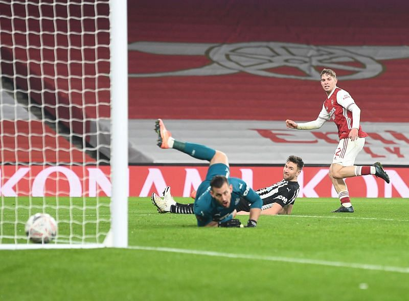Arsenal defeated Newcastle United 2-0 in the FA Cup.