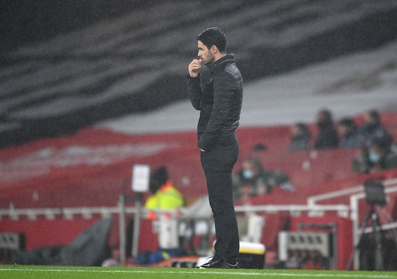 Mikel Arteta is not impressed with Saliba