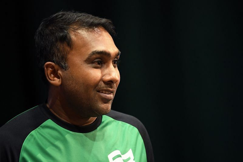 Mahela Jayawardene believes the Sri Lankan cricket team can beat England in the two-match Test series.