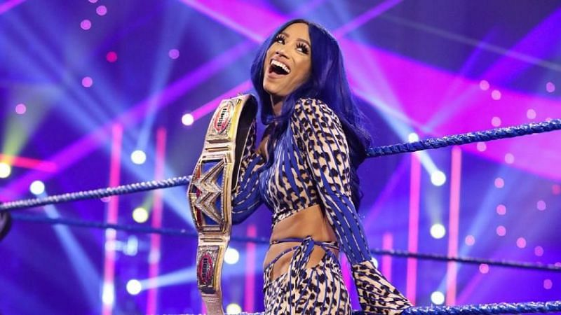 """""""If Sasha Banks Doesn't Work Out, You Can Fire Me,"""" WWE General Manager 2"""