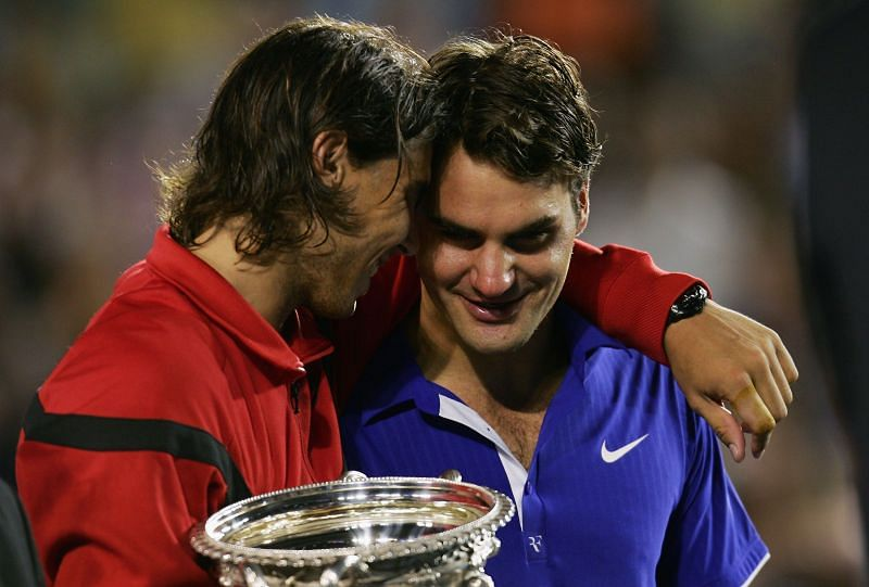 Rafael Nadal comforts Roger Federer at the 2009 Australian Open trophy ceremony