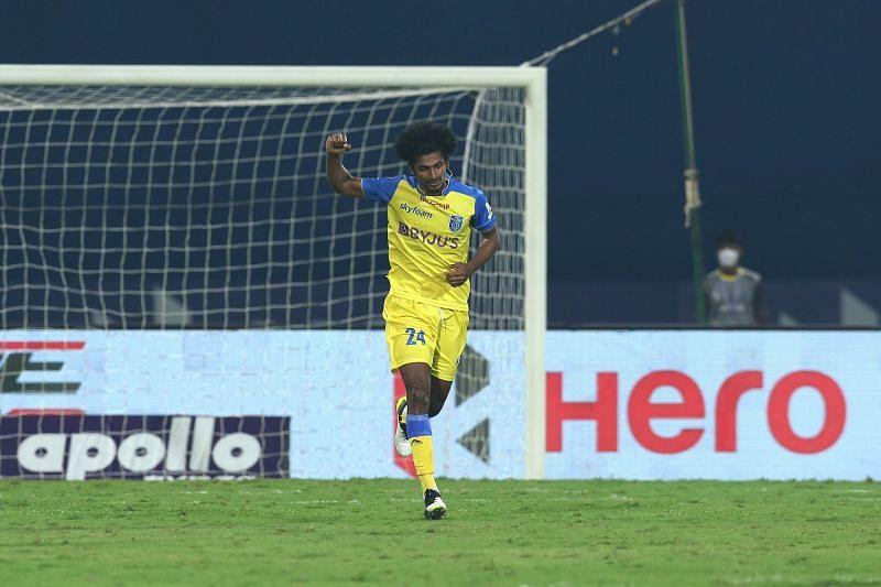 Abdul Hakku found his way back in the starting line-up of Kerala Blasters (Image Courtesy: ISL Media)