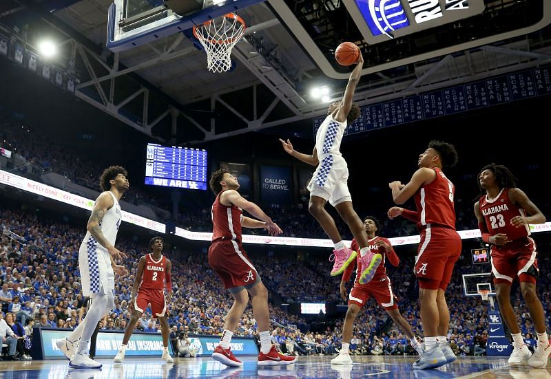 Kentucky Wildcats shoots the ball against the Alabama Crimson Tide at Rupp Arena.