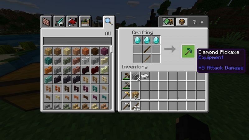 Crafting a diamond pickaxe in Minecraft