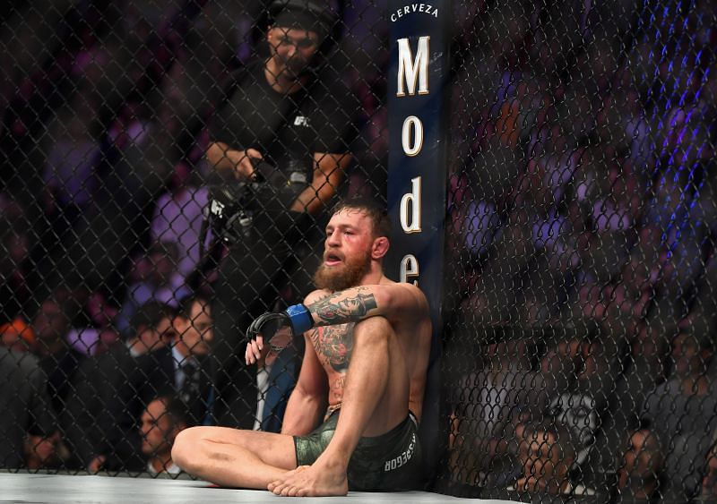 Conor McGregor looking weathered against Khabib Nurmagomedov