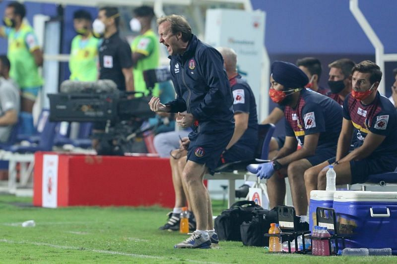 SC East Bengal coach Tony Grant felt the game was very evenly-challenged until they conceded the second goal (Image Courtesy: ISL Media)