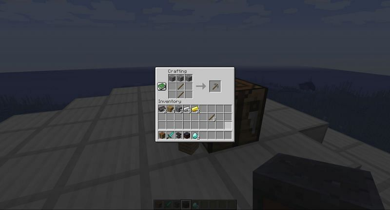 Crafting a stone pickaxe