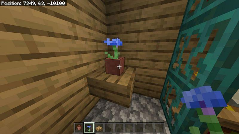 Flower in a flower pot in Minecraft
