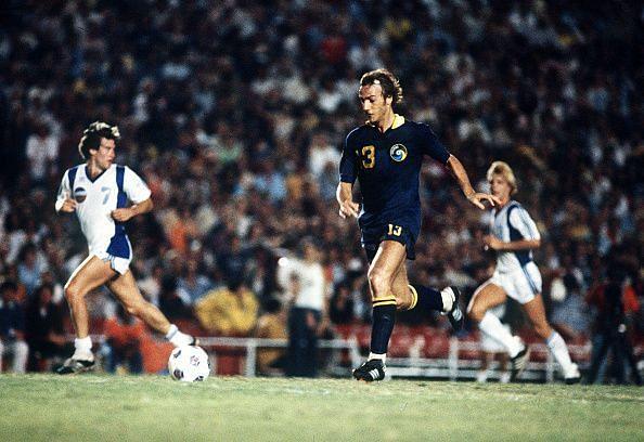 Johan Neeskens in action