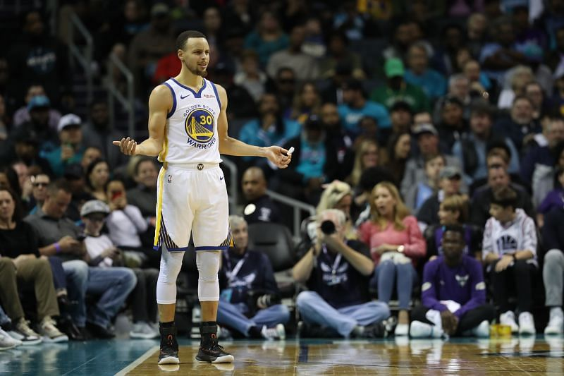 Stephen Curry in action for the Golden State Warriors against the Charlotte Hornets