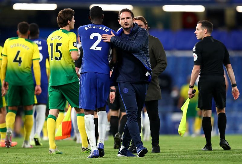 Antonio Rudiger (L) and former Chelsea manager Frank Lampard