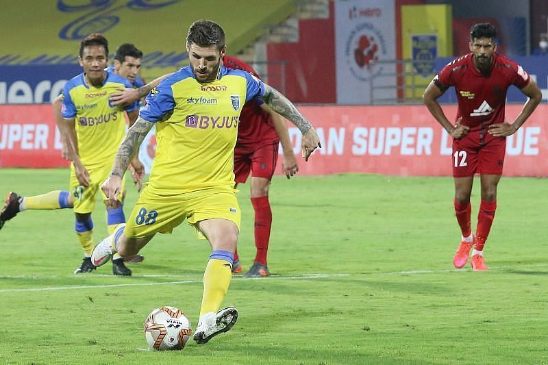 Gary Hooper was on the scoresheet for Kerala Blasters FC against ATK Mohun Bagan (Courtesy - ISL)
