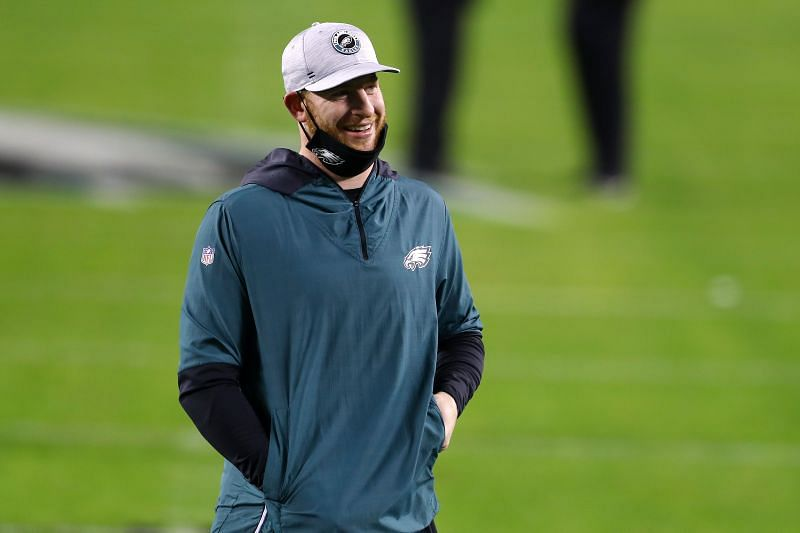 The Chicago Bears Should Call The Philadelphia Eagles About Carson Wentz