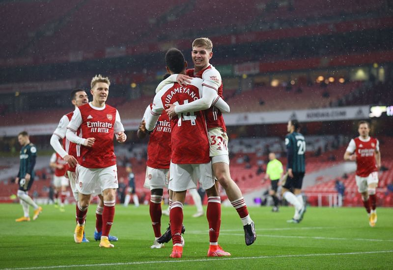 Arsenal travel to Rome to face Benfica