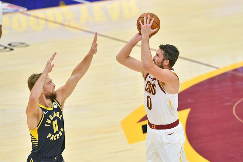Kevin Love of the Cleveland Cavaliers shoots over Domantas Sabonis of the Indiana Pacers during the first half of a preseason game at Rocket Mortgage Fieldhouse. (Photo by Jason Miller/Getty Images)