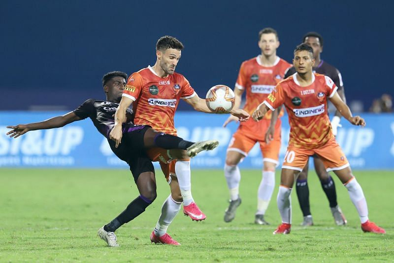 Odisha FC and FC Goa players in action in their previous ISL clash (Image Courtesy: ISL Media)