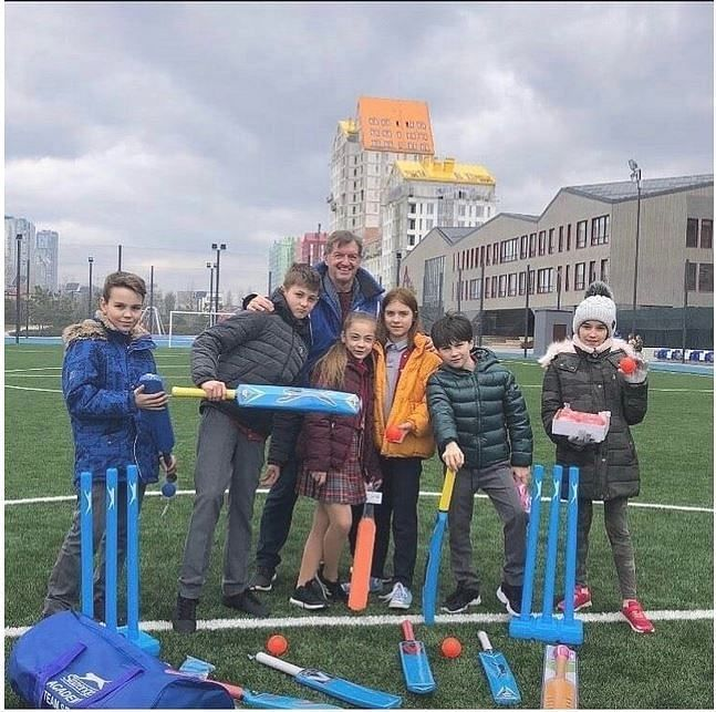 Cricketing Nomad Kobus Olivier has 30+ years of experience in cricket development. (Photo: Supplied)