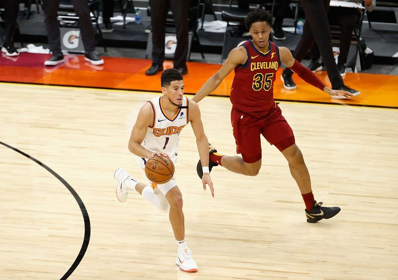 Devin Booker (#1) of the Phoenix Suns