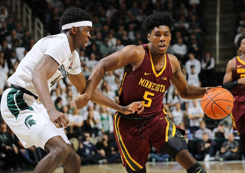#5 Marcus Carr is the leading scorer on the Minnesota Golden Gophers team