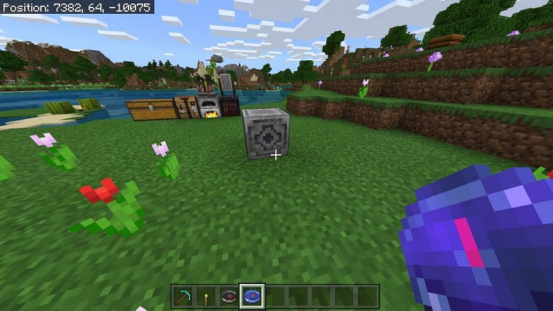 Using compass in Minecraft