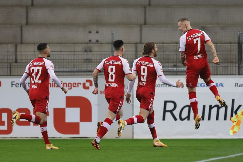 Freiburg beat Borussia Dortmund 2-1 in their last match