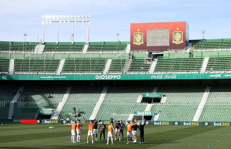 Elche host Eibar as the two clubs battle for survival