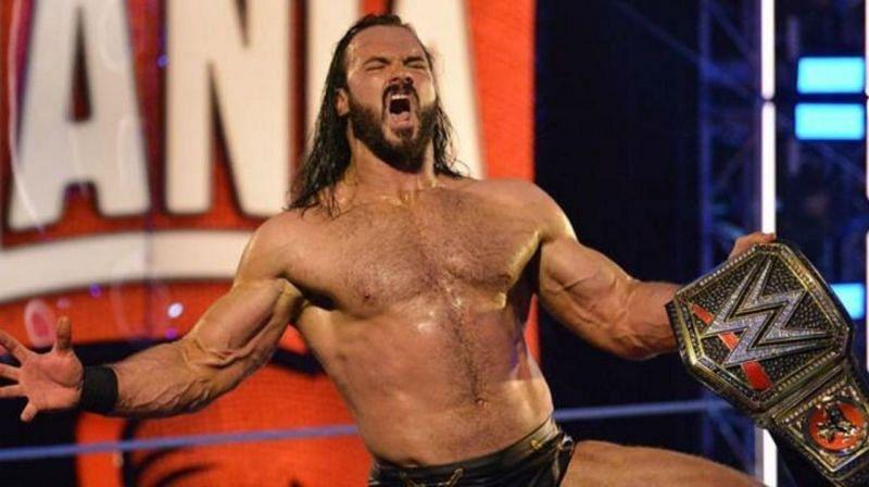WWE चैंपियन ड्रू मैकइंटायर को Elimination Chamber में अपना टाइटल डिफेंड करना चाहिए