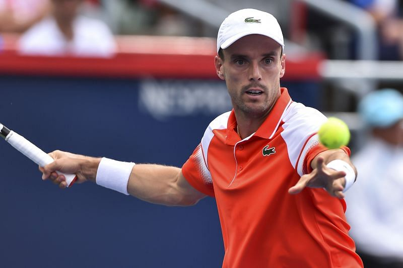 Roberto Bautista Agut will look to make good use of his big forehand.
