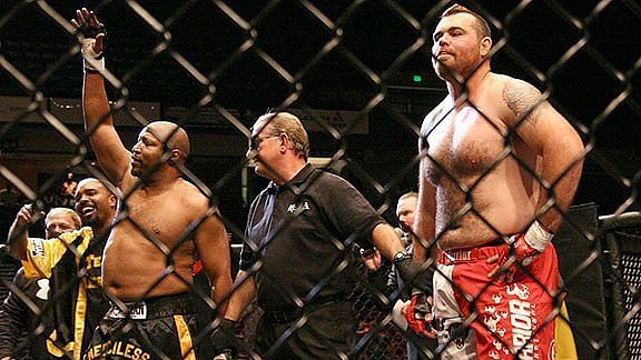 Ray Mercer knocked out former UFC Heavyweight champ Tim Sylvia in a strange MMA fight in 2009.