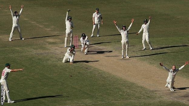 A romance called Test cricket (Pic courtesy Getty Images)