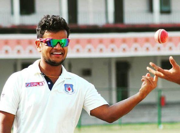 27 वर्षीय सौरभ कुमार का रिश्ता दिग्गज कप्तान रहे महेंद्र सिंह धोनी से भी रहा है