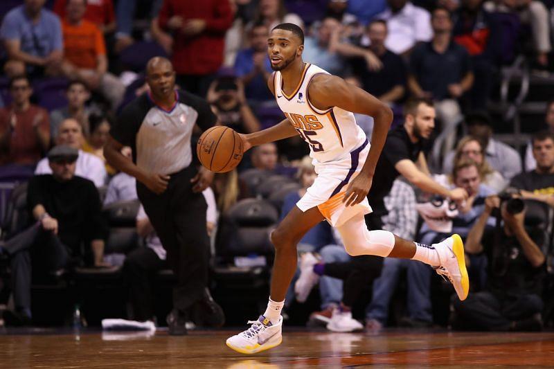 Mikal Bridges #25 of the Phoenix Suns