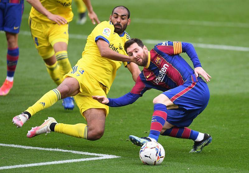Barcelona and Cadiz drew 1-1 at the Camp Nou.