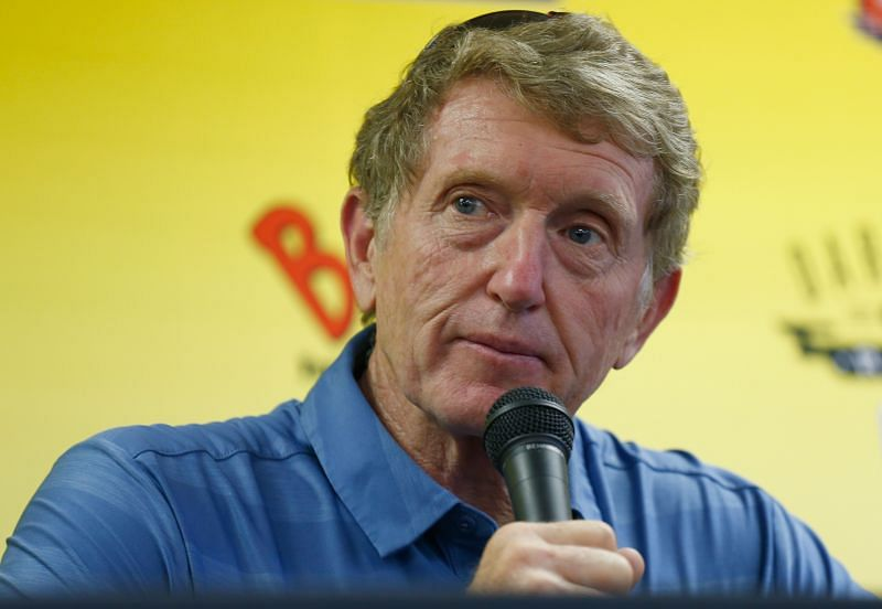 Bill Elliott has the fastest qualifying speed record of 212.809mph before NASCAR used restrictor plates.