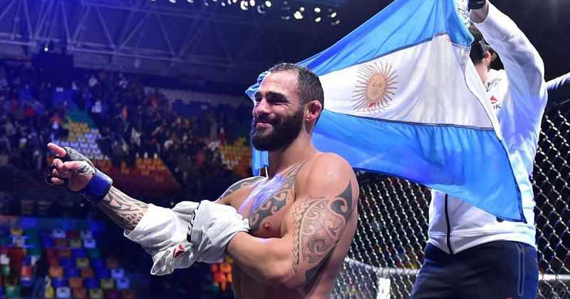 Santiago Ponzinibbio suffered a first-round loss in his return fight.